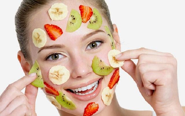 Trị mụn bằng trái cây có tốt không?