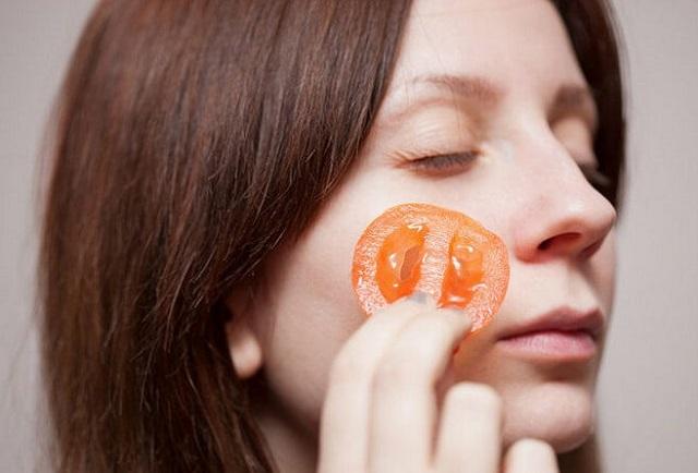 Mặt nạ trị mụn từ cà chua