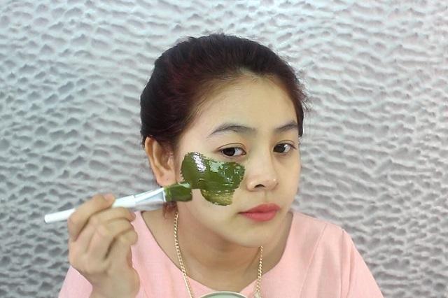 Mặt nạ trị mụn từ trà xanh