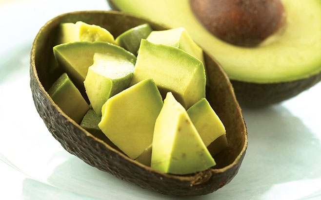 Độc đáo 4 loại vỏ trái cây trị sạch mụn trứng cá
