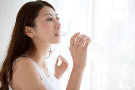 Nguyên tắc khi chăm sóc da mụn vào mùa đông