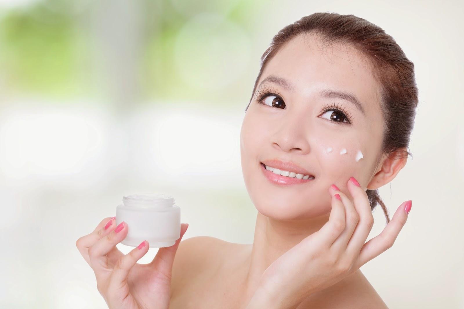 Cẩn trọng khi sử dụng kem trị mụn cho da nhạy cảm