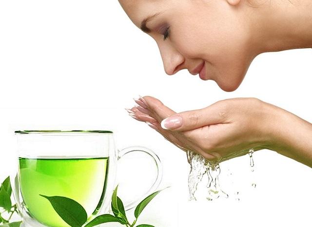 Chăm sóc da mặt bằng trà xanh