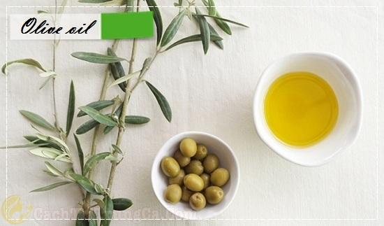Điều trị thâm mụn bằng dầu olive
