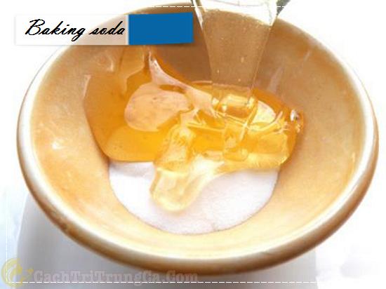 Cách trị thâm mụn bằng baking soda