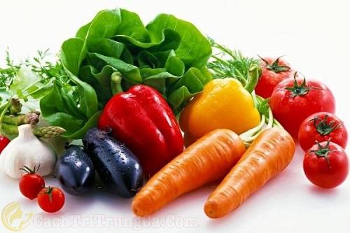 Bổ sung đầy đủ chất dinh dưỡng cho làn da mụn