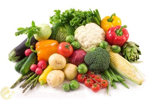Bổ sung đầy đủ chất dinh dưỡng cho người bị mụn bọc