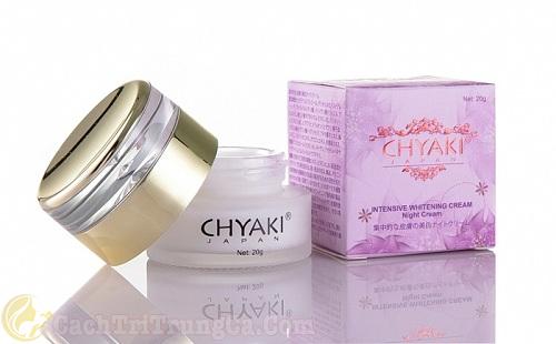 Kem trị mụn ẩn dưới da của Nhật Chyaki