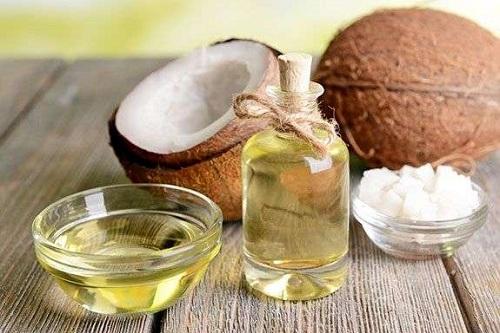 Cách chăm sóc da mặt bằng dầu dừa