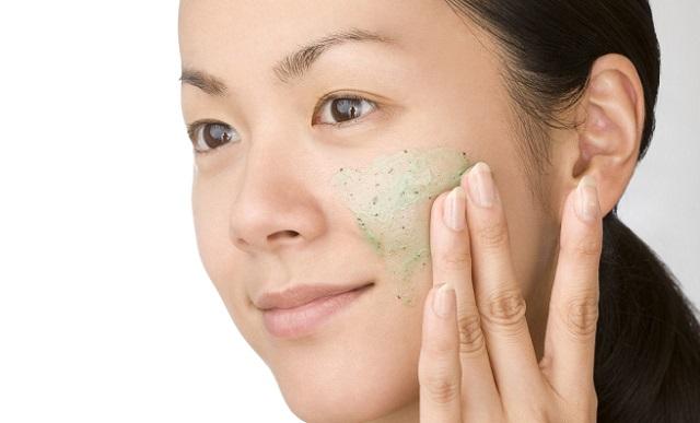 Cách điều trị mụn ẩn dưới da - Mun an duoi da