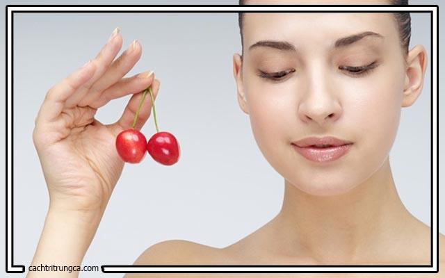 Trị mụn đầu đen với quả cherry