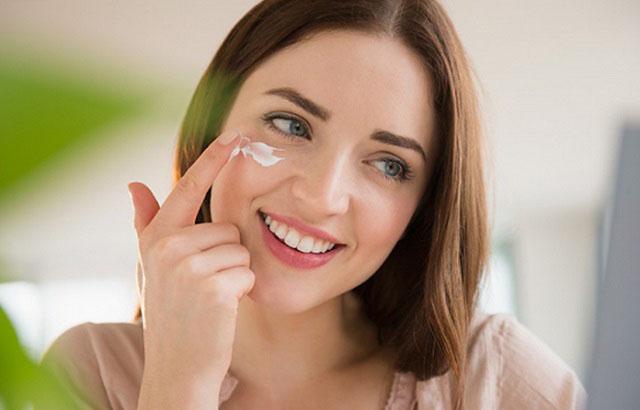 kem trị mụn acnes cover